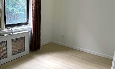 Bedroom, 83-60 Vietor Ave 3C, 2