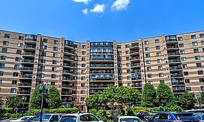 Building, 8380 Greensboro Dr 823, 0