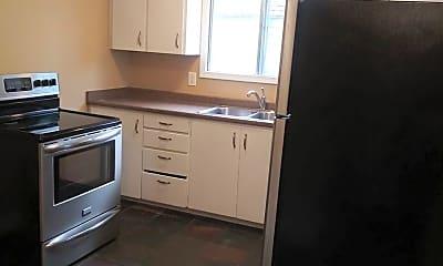 Kitchen, 3729 SE Cora St, 1