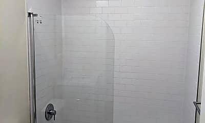 Bathroom, 1039 Scott St, 2
