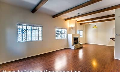 Living Room, 111 Paloma Ave, 1