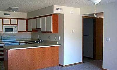 Cottonwood Apartments, 1