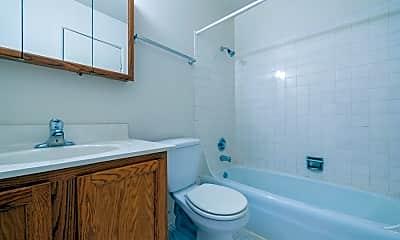 Bathroom, ReNew Aurora, 2