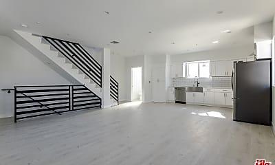 Living Room, 1141 Irolo St B, 1