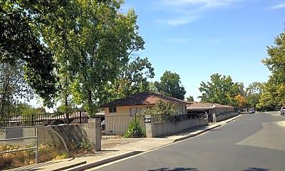 Sabre Apartments (Oro Villa Apartments), 1