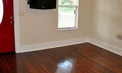 Living Room, 417 Uhlan Ct, 2
