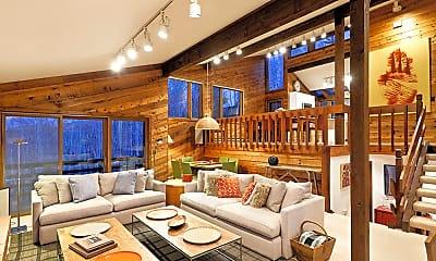 Living Room, 198 Bridge Ln, 1