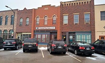 Building, 118 Main St E, 0