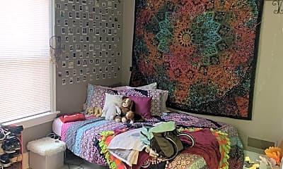 Bedroom, 2012 Wayland Ave, 1