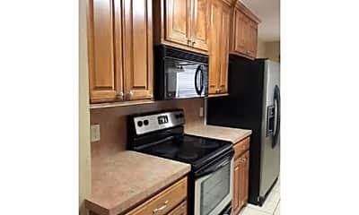Kitchen, 4423 SW Parkway Dr, 2