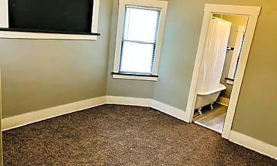 Living Room, 123 N 36th St, 1