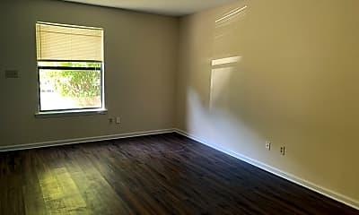 Living Room, 127 Susan Dr B, 1