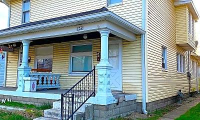 Building, 752 E Pleasant Run Pkwy N Dr, 0
