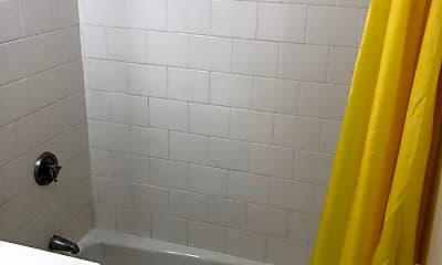 Bathroom, 122 Edgemere Rd, 1