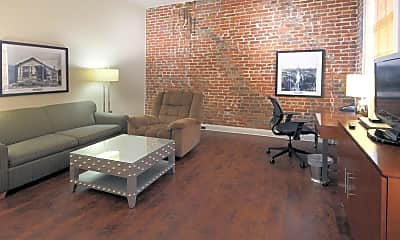 Living Room, 521 Tchoupitoulas Furnished Corporate Apartments, 1