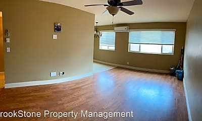 Living Room, 438 Urie N Dr, 1