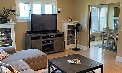 Living Room, 2139 N 55th St, 1