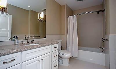 Bathroom, 241 Ruggles Ave B, 2