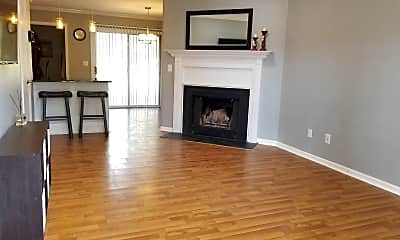 Living Room, 135 Friar Ln, 1
