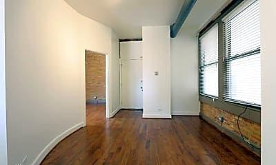Building, 2216 W Taylor St, 1