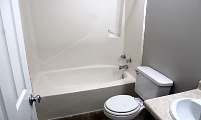 Bathroom, 1304 E 5th St, 2