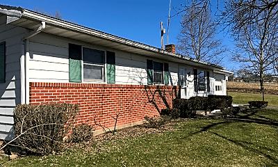Building, 166 Mitchell Farm Ln, 1