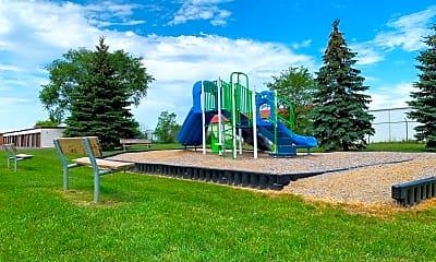 Playground, 601 7th St S, 1