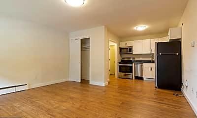 Living Room, 540 W Sedgwick St A1, 0