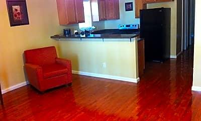 Living Room, 2064 Arlington Cir NW, 0