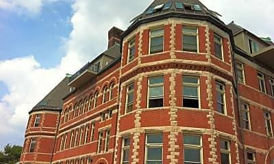 Building, The Stratford, 0