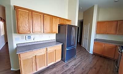 Kitchen, 12536 W Glenrosa Dr, 2