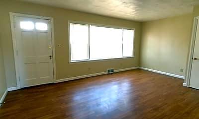 Living Room, 1223 King Rd, 1