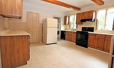 Kitchen, 68 Walnut Ave., 0