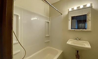 Bathroom, 265 Cooper St, 2