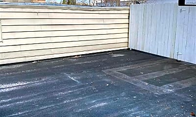 Patio / Deck, 154 Danforth Ave 1, 2