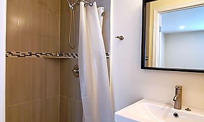 Bathroom, 1109 S Serrano Ave, 2