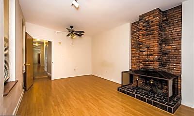 Living Room, 827 S Bond St 2, 0