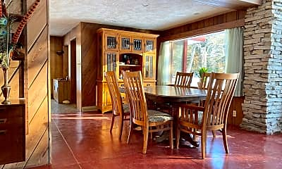 Dining Room, 4785 Woods Rd, 1