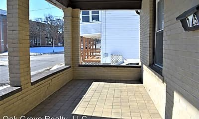 Patio / Deck, 725 School St, 1