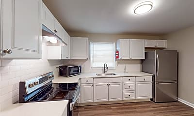 Kitchen, Room for Rent -  a 10 minute walk to bus stop Brow, 1
