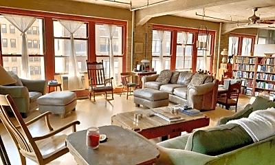 Living Room, 727 S Dearborn St, 1