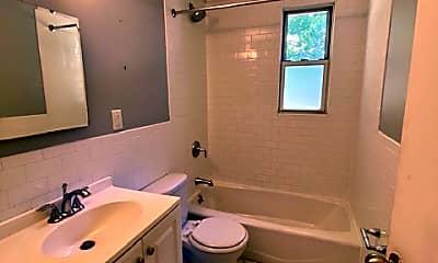 Bathroom, 157 White Plains Rd 30E, 2