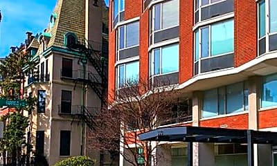 Building, 330 Beacon St, 2