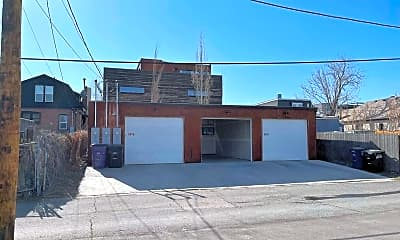 Building, 3049 Lawrence St, 2