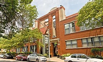 Building, 525 N Ada St, 2