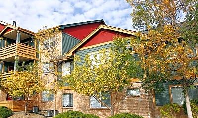 Building, Walnut Creek Apartments, 0