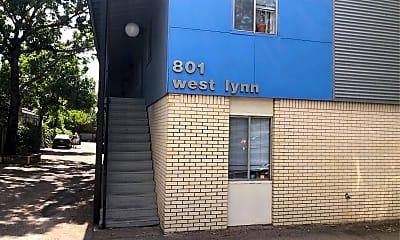 West Lynn, 0