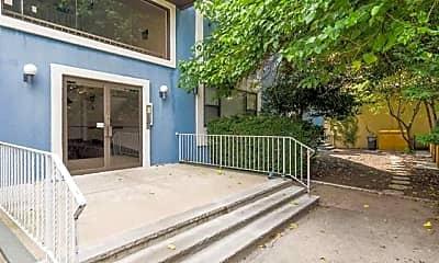 Patio / Deck, 82 Jackson St A5, 2