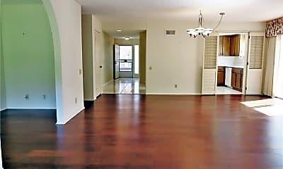 Living Room, 27709 Calle Valdes, 1