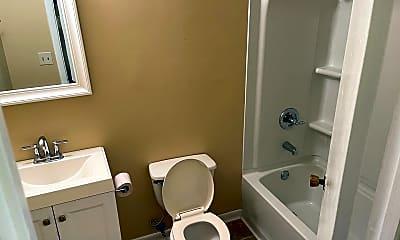 Bathroom, 118 E St, 2